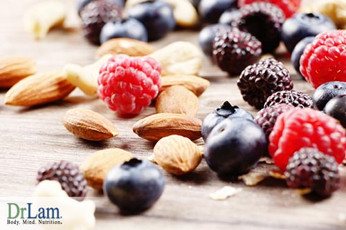 4-nuts-and-berries-antioxidant-supplements-32999